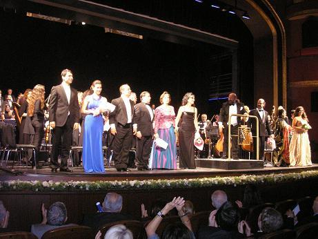 �stanbul Devlet Opera ve Balesi nin Kurulu�unun  50 Y�l Kutlamas� Kad�k�y S�reyya Operas� nda yap�ld�.